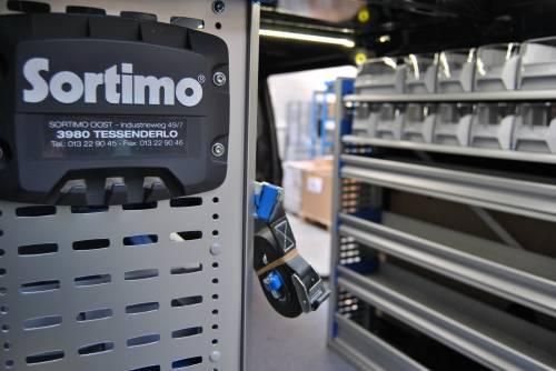 Sortimo a aménagé ses premiers véhicules en composite