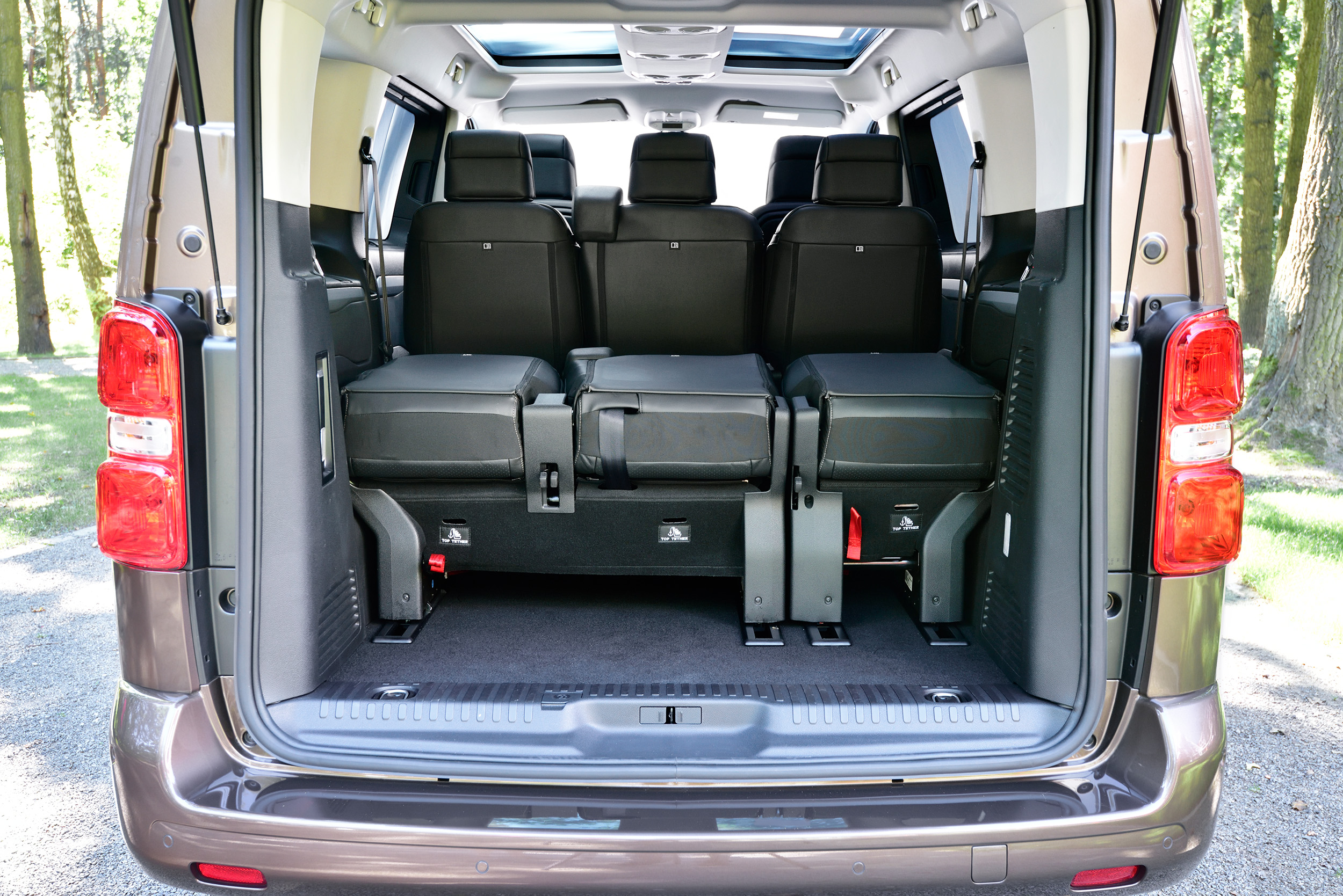essai toyota proace verso 150 ch au bonheur des flottes vip link2fleet for a smarter mobility. Black Bedroom Furniture Sets. Home Design Ideas