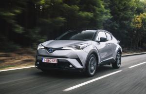 Test Toyota C-HR Hybride: dit is weldegelijk een Toyota!