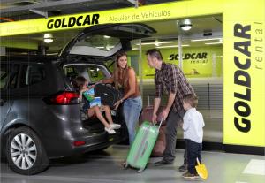 Le Groupe Europcar rachète le loueur low-cost Goldcar