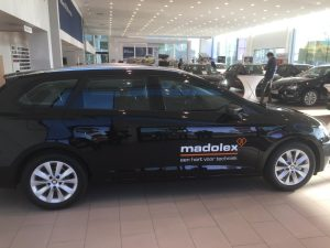 SEAT levert 22 Leon ST's aan Madolex NV