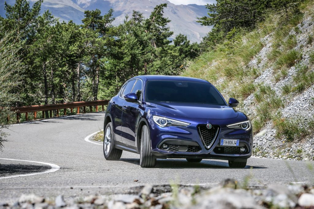 essai alfa romeo stelvio super 2 2d 180ch le choix de la passion link2fleet for a smarter. Black Bedroom Furniture Sets. Home Design Ideas