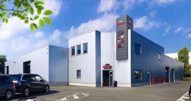 Fiat Garage Mechelen : Cryns carrosserie center neemt schadeherstelactiviteiten peugeot