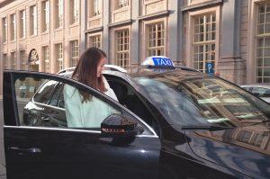 Mobiflow voegt taxi's toe aan dienstenaanbod dankzij Cabsee