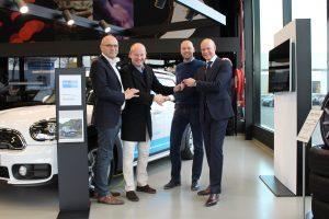 Kempens bouwbedrijf DCA investeert 575.000 euro in hybride wagenpark