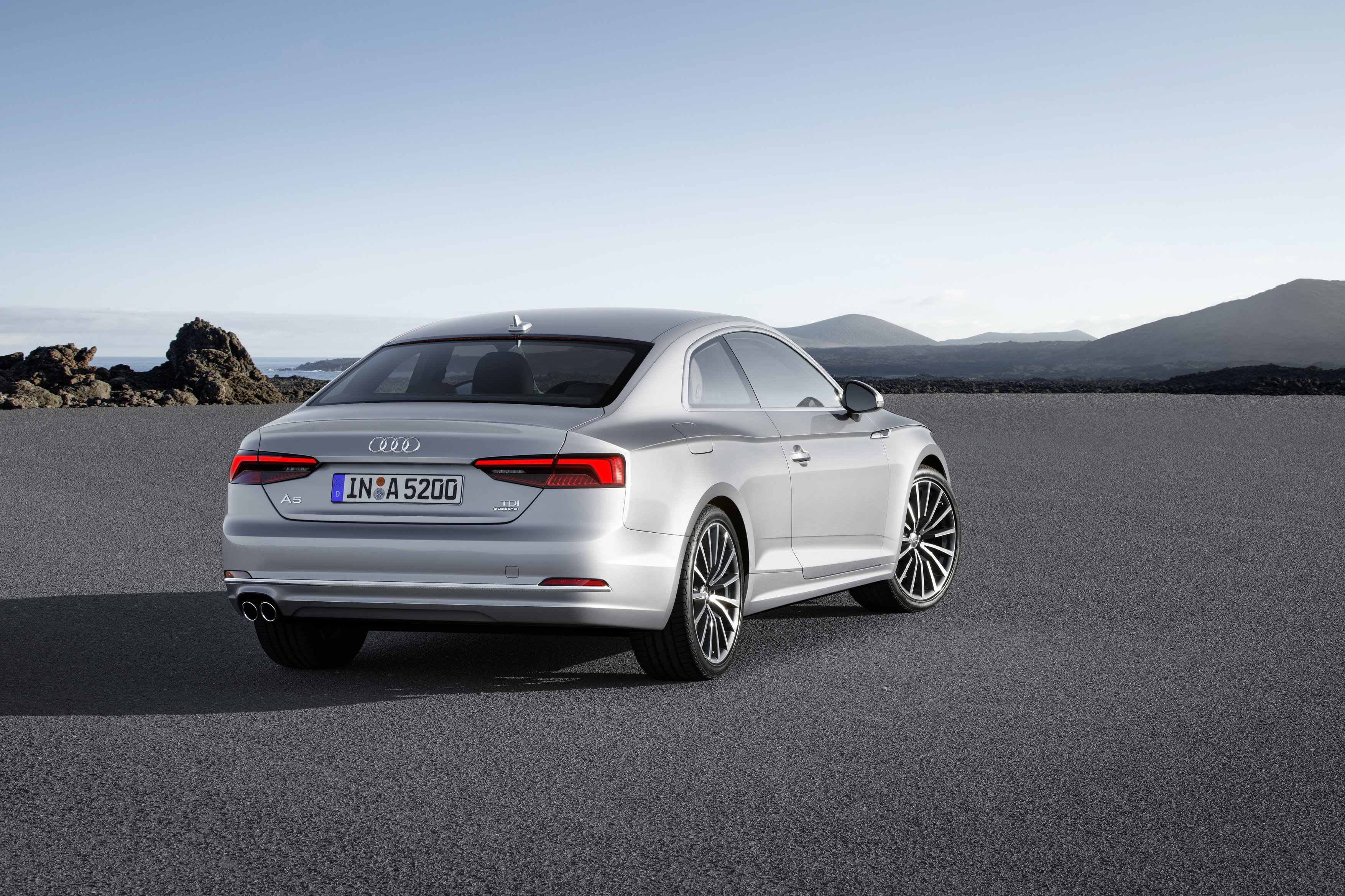 test audi a5 coup 2016 encore plus sportive link2fleet for a smarter mobility. Black Bedroom Furniture Sets. Home Design Ideas