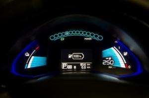 Nissan-Leaf-2016-dashboard